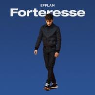 """Le premier album d'EFFLAM est dans les backs : """"Forteresse"""", une composition personnelle à découvrir sur Casting.fr."""