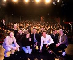 Gleeden Talent Show! Huit humoristes de la nouvelle génération étaient réunis sur la scène de l'Apollo Théâtre pour traiter du couple dans tous ses états.