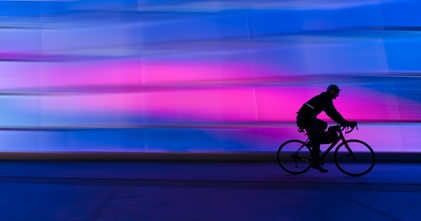 Casting homme ou femme cycliste pour jouer dans unitaire