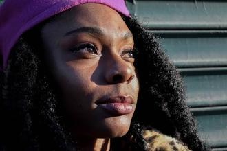 Cherche femmes typées Noires 18 à 40 ans silhouettes et petits rôles Série OCS Cheyenne et Lola