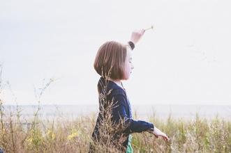 Cherche petite fille châtain de 6 ans pour série TF1 à Marseille
