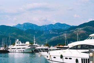 Recherche hôtesses mannequins 25 à 30 ans pour salon nautique Yachts