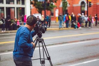 Recherche tous profils homme de 30 ans et femme de 60 ans pour court-métrage