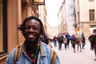 Recherche homme noir entre 16 et 20 ans pour série documentaire