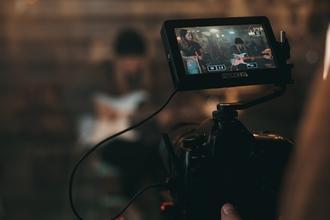 Casting figurant et figurante pour tournage vidéo clip