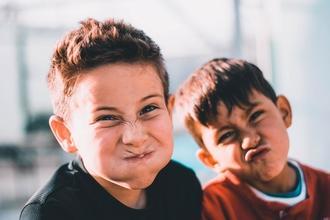 Recherche 2 garçons entre 5 et 10 ans pour long-métrage en Suisse