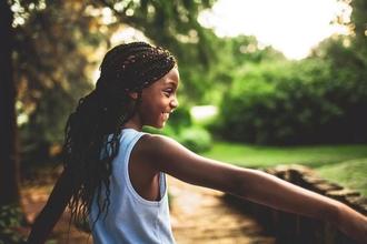 Recherche une petite fille typée Noire de 7 à 9 ans pour un court-métrage parisien