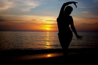 Casting danseuse orientale entre 20 et 35 ans pour jouer dans série