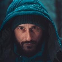 Recherche homme entre 40 et 50 ans de type caucasien avec une moustache pour film documentaire