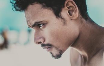 Casting modèle homme entre 18 et 35 ans pour vidéo média beauté