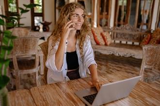 Recherche hôte hôtesse entre 18 et 50 ans pour intégrez grande agence d'évènementielle
