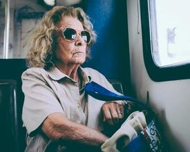 """Recherche femme âgée entre 75 à 85 ans pour tournage """"Bronx"""" avec Jean Reno sur Marseille"""