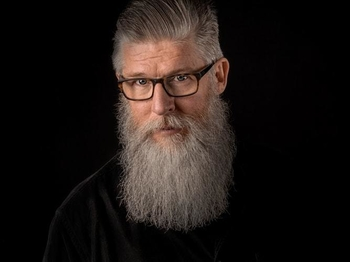 Recherche 1 homme entre 50 et 65 ans avec longue barbe pour court-métrage