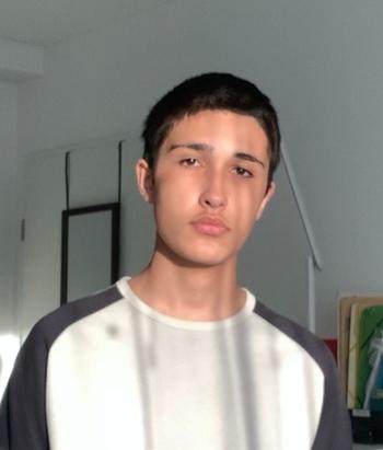 A seulement 16 ans, membre VIP BilelKares s'est lancé comme autodidacte depuis sa chambre et en plein confinement dans le doublage. Terriblement talentueux, le jeune homme nous raconte comment tout a commencé.